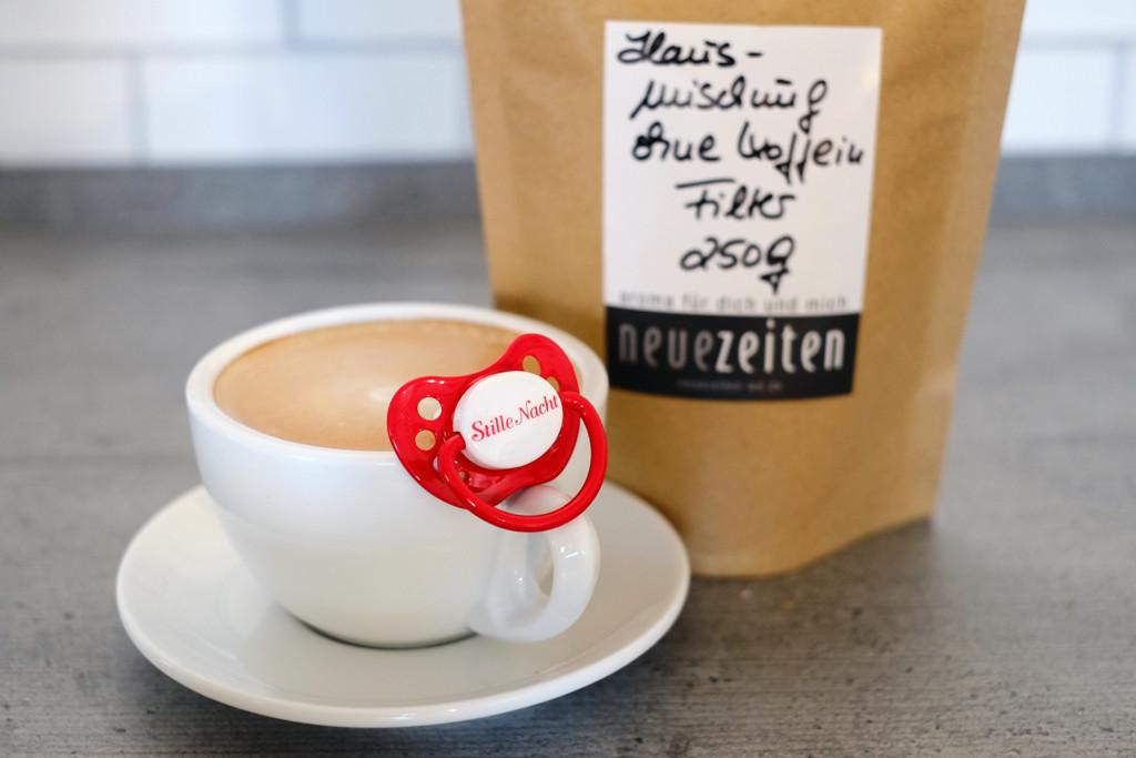KaffeeinderSchwangerschaftmitSchnuller
