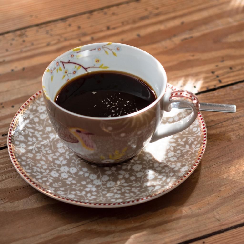 schwarzer Kaffee - mehr als ein Wachmacher
