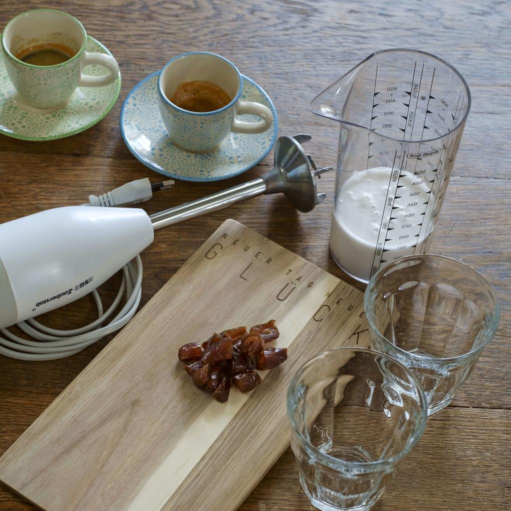 Thai Latte Eiskaffee ist ganz schnell zubereitet